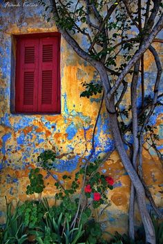 Colours of Greece Old Windows, Windows And Doors, Beautiful World, Beautiful Places, Simply Beautiful, Wow Art, Old Doors, Stairways, Painting Inspiration