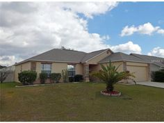 7993 Oak Run Cir, Lakeland, FL 33809 — Price dropped $5,000!   Owner says bring us a contract.   Don't miss this move-in ready beauty on Lakeland's north side.   Near to shopping, schools and I-4 for easy access to Tampa and Orlando.   Just built in 2004, this house still has many new features including new fixtures throughout, air conditioner compressor, air handler and duct work with electronic filter for allergy concerns.  New flooring in bathrooms and bedrooms, closet organizers.  New…