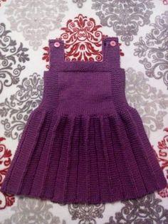 Top Trend Braids 73 Knit Vest Cardigan Booties Fiber Shawl Models - Outfits Women - Her Crochet Smocked Baby Dresses, Knit Baby Dress, Baby Girl Dresses, Baby Hats Knitting, Baby Knitting Patterns, Knitted Hats, Crochet Girls, Crochet Baby, Knit Crochet