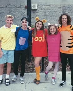 Winnie The Pooh and friends! Disney Couple Costumes, Halloween Costumes For Teens Girls, Friend Costumes, Diy Couples Costumes, Best Friend Halloween Costumes, Halloween Outfits, Costume Ideas, Halloween Clothes, Disney Couples