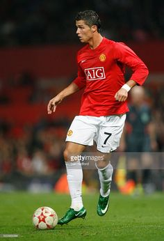 Cristiano Ronaldo of Manchester United during the Group E, UEFA Champions League match between Manchester United and Villarreal at Old Trafford in Manchester, UK. Cristiano Ronaldo Junior, Cr7 Ronaldo, Cristiano Ronaldo 7, Football Latest, Best Football Team, Sport Football, Manchester United Players, Manchester Uk, Real Madrid