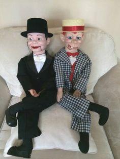 Charlie Mc Carthy AND Mortimer Snerd Ventriloquist Dummies Charlie Mccarthy, Ventriloquist Dummy, Mc Carthy, Tin Toys, My Childhood, Cool Toys, Vintage Toys, Puppets, Fashion Outfits