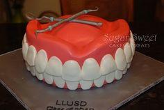 Dental School Grad Cake (tutorial)