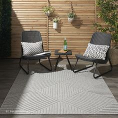 This Power-Loomed rug would make a great addition to any room in the house. The premium feel and durability of this area rug will make it a must for your home. Modern Outdoor Rugs, Indoor Outdoor Living, Indoor Outdoor Area Rugs, Outdoor Chairs, Outdoor Furniture Sets, Outdoor Decor, Nourison Rugs, Back Patio, Buy Rugs