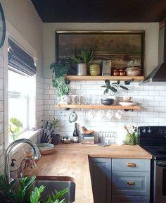 Kitchen decor and kitchen ideas for all of your dream kitchen needs. Modern kitchen inspiration at its finest. Home Decor Kitchen, Diy Kitchen, Kitchen Backsplash, Backsplash Ideas, Kitchen Corner, Kitchen Cabinets, Awesome Kitchen, Corner Stove, Kitchen Wood