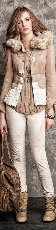 Elisa Cavaletti Collection designed by Daniela Dallavalle Only Fashion, Love Fashion, Winter Fashion, Womens Fashion, Fashion Design, Stylish Outfits, Cool Outfits, Fashion Outfits, Fashion Trends