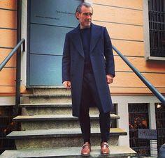 Gents Fashion, Mens Fashion Blog, Best Mens Fashion, Style Fashion, Fashion Tips, Mode Masculine, Baby Raincoat, Gentlemen Wear, Navy Coat