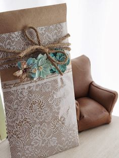 ei'Z:  Gift voucher wrapping