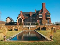 Dover Hall, Estate of the Day