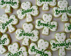 .Oh Sugar Events: dotty shamrock St Patricks Day Cookies