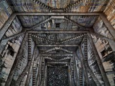 I recently stumbled upon a photo of what looked like a reverse temple and had to investigate. It was a stepwell. A stepwell is exactly what it sounds like: steps down to a well. The earliest stepwells date back to about 550 AD and were developed in India asa necessity for areas suffering from