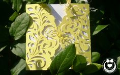 Köszöntőkártya csipkeszerű mintával