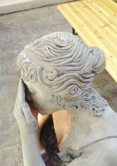weeping angel sculpture side by made-me-a-monster on DeviantArt Prosthetic Makeup, Sfx Makeup, Body Makeup, Makeup Art, Weeping Angel Costume, Weeping Angels, Angel Makeup, Living Statue, Angel Sculpture