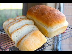 Recipes Bread : Homemade Bread - SUPER Easy and Delicious! - Recipes Bread Video Recipes Bread After trying a TON of home made bread recipes found online, this one is BY FAR the best that could be found. Quick Bread Recipes, Homemade Soap Recipes, Baking Recipes, Easy Sponge Cake Recipe, Sponge Cake Recipes, Other Recipes, Bread Baking, The Best, Easy Meals