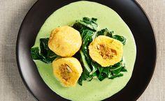 Eierschwammerl-Knödel Avocado Egg, Eggs, Cooking, Breakfast, Food, Chef Recipes, Meals, Ribs, Mushrooms