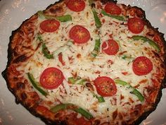 Cauliflower pizza - one of our favorite Lean & Green recipes! Who says you can't have healthy pizza?