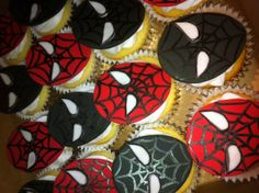 Spiderman cupcakes Feb 2013