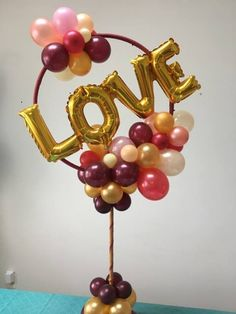 LOVE ORGANIC Balloon Centerpiece arch idea DIY