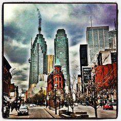 Baddass shot of Flatiron building Toronto Travel, Flatiron Building, Flat Iron, New York Skyline, Times Square, My Photos, Shots, Popular, Day