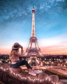 The Eiffel Tower is a wrought iron lattice tower on the Champ de Mars in Paris, France. Eiffel Tower Photography, Paris Photography, Photography Poses, Travel Photography, Family Photography, Paris At Night, Beautiful Paris, Paris Love, Paris Paris