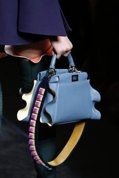 Fendi Fall 2016 - Bright blue ruffle edge peekaboo top handle bag with contrasting strap - Ready-to-Wear Fashion Show Details...x