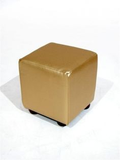 High quality Gold Cube Single Seater available to hire. View Gold Cube Single Seater details, dimensions and images.