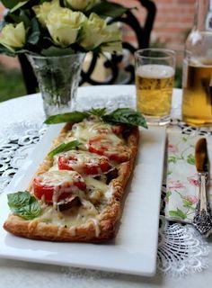 Cooking with Zoki: Slana pita sa piletinom i paradajzom