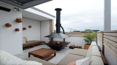Perfect terrace fire pit! From TheBlock Glasshouse.