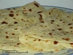 Lokše (lokshe) - potato dough baked on a hot plate or pan. Slovak Recipes, Czech Recipes, Russian Recipes, Meat Recipes, Cooking Recipes, Ethnic Recipes, Polish Recipes, Vegetable Pancakes, Savory Pancakes