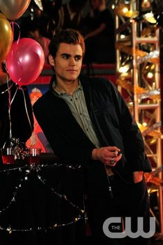 """Unpleasantville"" - Paul Wesley as Stefan in THE VAMPIRE DIARIES on The CW.  Photo: Guy D'Alema/The CW  �2009 The CW Network, LLC. All Rights Reserved.pn"