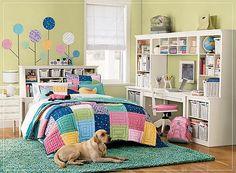 teen-girl-bedroom-multi-color-pretty-fun-scheme-idea-decor-inspiration-study-area1.jpg (400×294)