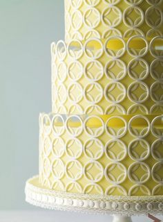 Circle cake by TolaniGBC