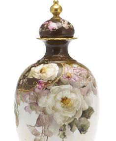 Vase%2520with%2520cover%2520with%2520pink%2520and%2520white%2520roses%2520and%2520scroll%2520work%2520%2520det.jpg 651×796 пикс