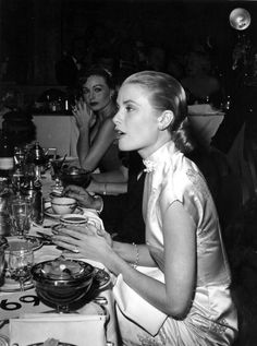 Grace Kelly and Jeanne Crain