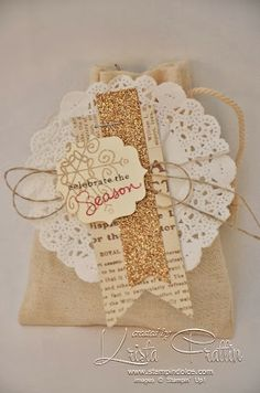 Stampin' Up! mini muslin bags. Christmas bag stamped with Endless Wishes Stamp Set.