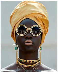 Home Geometric Skies Home Geometric Skies Mae jyuichimatsu Afro punk Become part of the Badass Babe Gang Geometric Skies Jewellery nbsp hellip Afro Punk, African Beauty, African Fashion, African Style, High Fashion Photography, Editorial Photography, Photography Poses, Mode Style, Black Is Beautiful