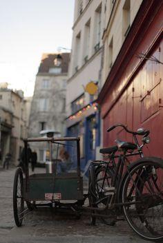 bike and cart - Ile Saint Louis, Paris IV Ile Saint Louis, St Louis, Porches, Central Island, France, Bastille, Travel Bugs, Scooters, Daydream