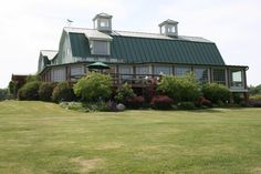 A great shot of Fox Run Winery in the Finger Lakes wine region of New York.