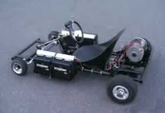This home made electric go-kart is powered by car batteries and the frame was made from Home Depot's gas pipes. Its quiet, fast and can do donuts but stil Electric Kart, Diy Electric Car, Electric Bicycle, Go Kart Plans, Diy Go Kart, Mercedes Benz Cars, Kids Ride On, Karting, Pedal Cars
