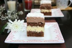 Prajitura zapada stralucitoare | Miremirc Sweets Recipes, Cake Recipes, Desserts, Romanian Food, Romanian Recipes, Food Cakes, Something Sweet, Coco, Vanilla Cake