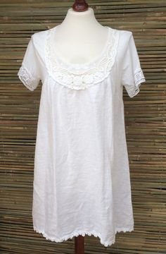 "100% Linen. Soft, Quality, Wear At All Season. Flower Lace Tunic-Dress. Size S/M. Fits UK Size 8-14. Armpit to Armpit: 19"". Length:33"". 