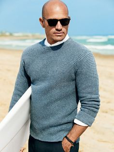 See - a bald surfer - Surf-Inspired Clothing for Men from Kelly Slater Kelly Slater, Gentleman Mode, Gentleman Style, Looks Style, Looks Cool, Style Pic, Gq Style, Bald With Beard, Bald Guy