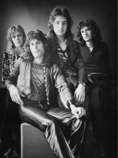 Queen in a photo session with Johnny Dewe Mathews at his studio in Primrose Hill, London on 4th September 1974
