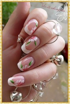 20 Tropical Flowers Nail Art | Fashion World