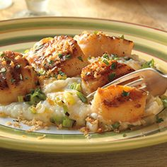 Seared Scallops and Grits