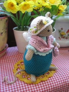 Lovely crochet storybook mouse that measures a little over inches. She is beautifully made in green, pink and white colors. She is made from new silk effect yarn. This is a decorative item not intended for rough play. Crochet Mouse, Crochet Dolls, Knit Crochet, Felt Mouse, Mini Mouse, Tiny Furniture, Storybook Cottage, Pet Toys, Decorative Items