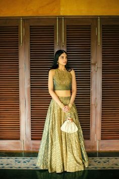 Green Sawan Gandhi creation for the Mehendi! // bridal mehendi outfit ideas for mehendi dress and lehenga designs, beautiful and simple Lehenga Top, Green Lehenga, Indian Lehenga, Lehenga And Crop Top, Simple Lehenga Choli, Floral Lehenga, Lehnga Dress, Bridal Lehenga, Dress Indian Style