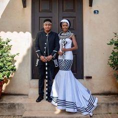 African Wedding Attire, African Attire, African Dress, African Weddings, African Wear, African Fabric, Traditional Wedding Attire, Traditional Outfits, African Print Fashion
