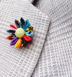 Mens Lapel Pin Flower Lapel Pin Kanzashi Pin Custom Lapel Pins Men Colorful Daisy Boutonniere Daisy Lapel Flower Wedding Party Gift For Him by exquisitelapel on Etsy https://www.etsy.com/listing/238819404/mens-lapel-pin-flower-lapel-pin-kanzashi