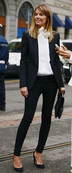 Super how to wear black blazer classy chic 57 Ideas Fashion Mode, Office Fashion, Work Fashion, Fashion Looks, Fall Fashion, College Fashion, College Outfits, Petite Fashion, School Outfits